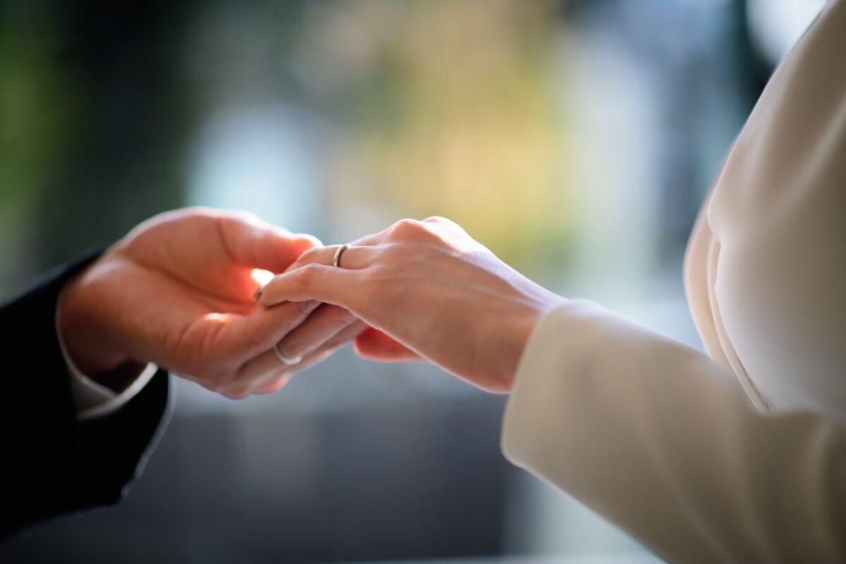 パレスホテル東京でトリートドレッシングの衣裳を着て結婚式を挙げた新郎新婦様