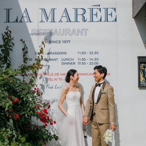 眺めの良いレストランや美しいロケーションでトリートドレッシングのレンタルウェディングドレスを着て前撮り