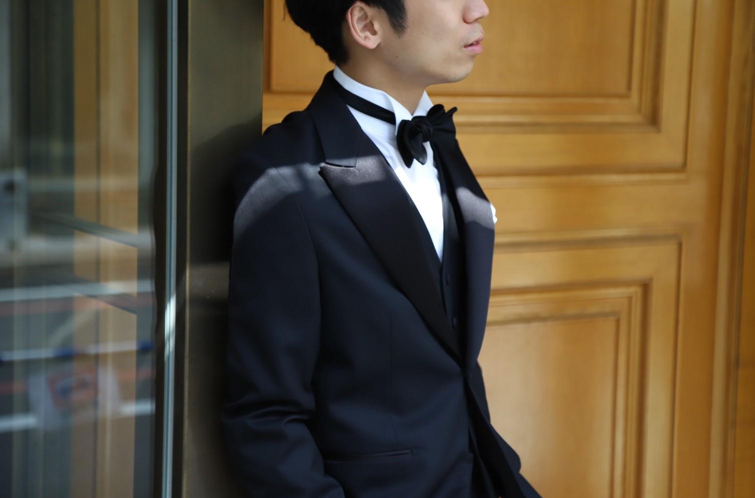 ザトリートドレッシング京都店がご紹介するご新郎様におすすめのフォーマルスタイルによるブラックのタキシード