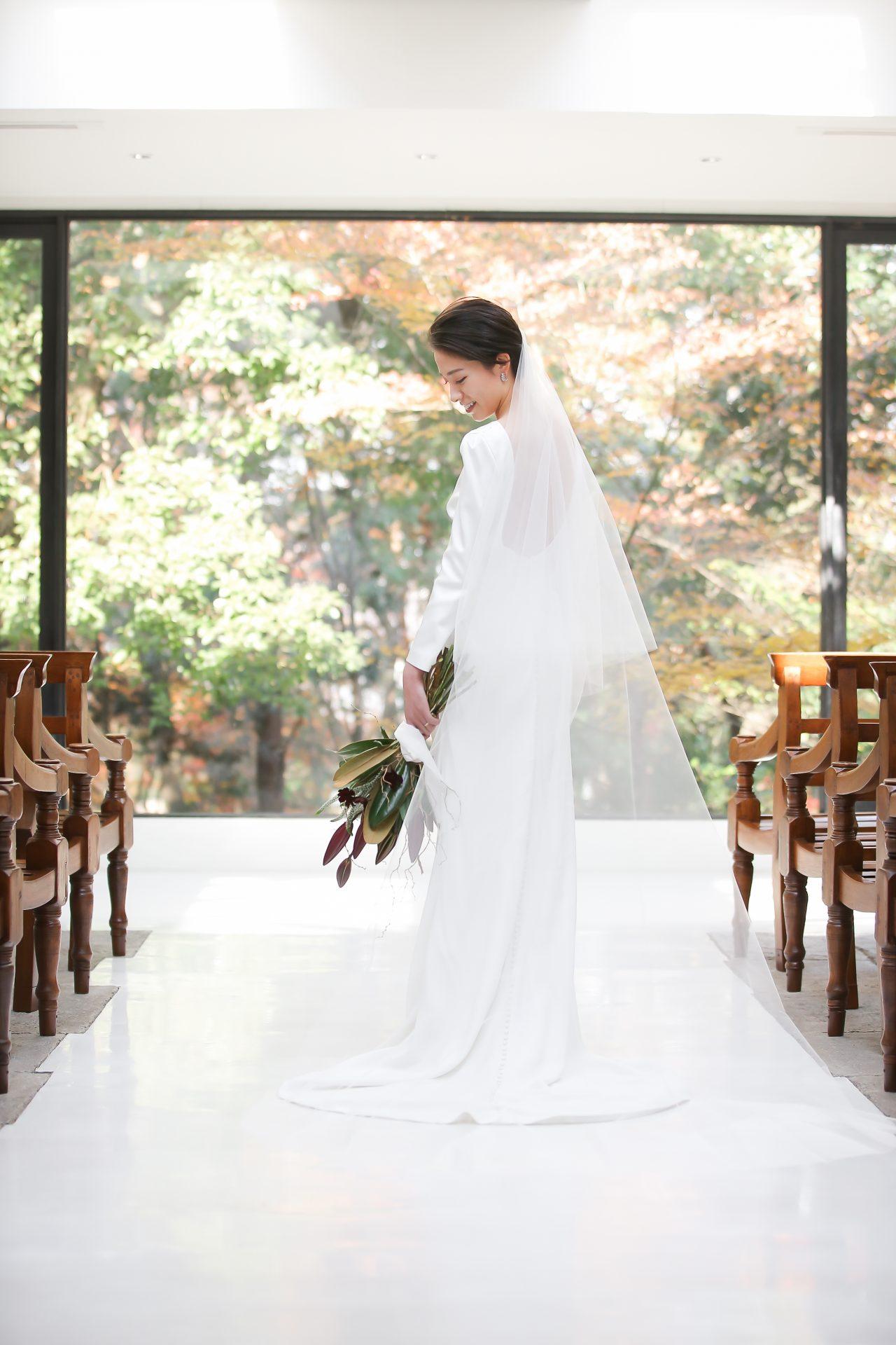 ザ・トリートドレッシングの提携会場ザ・ナンザンハウスでお式をされた花嫁様のシンプルで洗練されたウェディングスタイル
