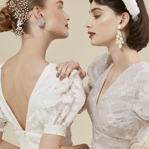 トリートのオリジナルブランド、トリートメゾンのウェディングドレスのご紹介。パフスリーブのウェディングドレスは、ファッショナブルな花嫁スタイルを実現してくれます。