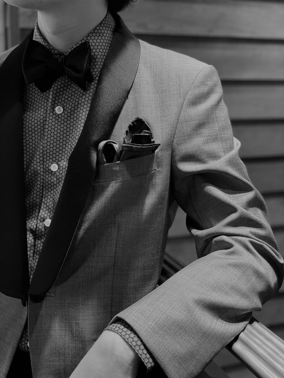 カジュアル・パーティーシーンで優美な躍動感を演出「パフドクラッシュスタイル」。トリートドレッシングでは、挙式からお色直しまで様々な挙式のお客様に楽しんでいただけるよう多くの衣装と小物を取り扱っております。