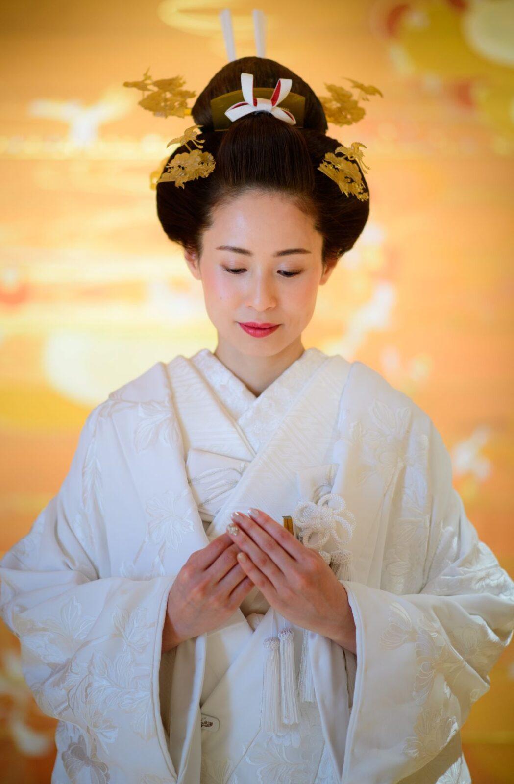 ザ トリート ドレッシング アディション店の提携会場、パレスホテル東京の神殿にて日本の伝統衣裳である白無垢を身に纏い、神前式を挙げられたご新婦様