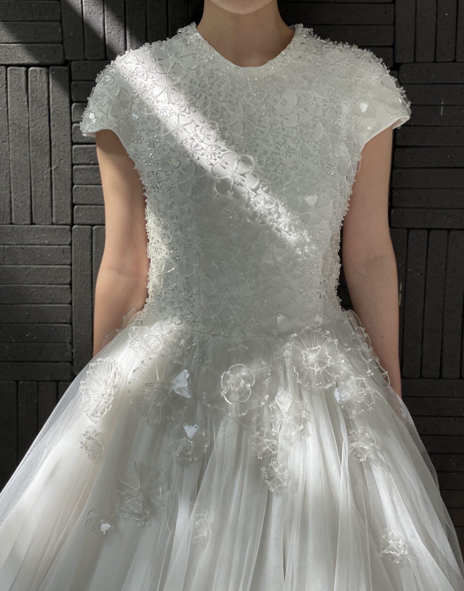 ハイアットリージェンシー大阪におすすめのザトリートドレッシングのプリンセスラインのウェディングドレス
