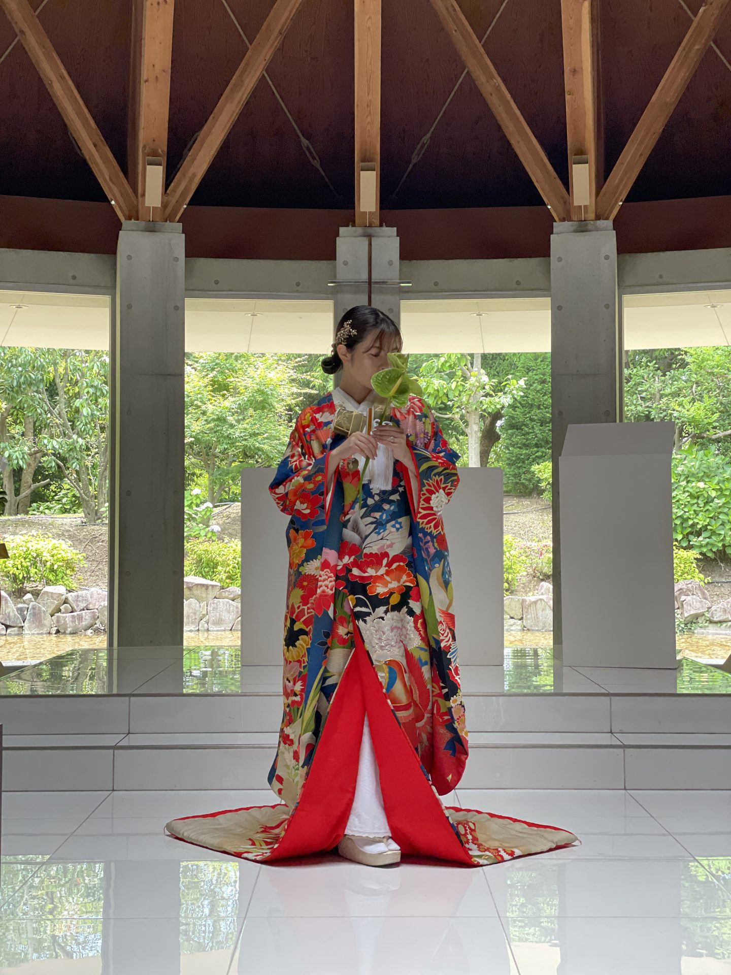 ハイアットリージェンシー大阪で和装人前式でお召しになるザトリートドレッシングの色打掛