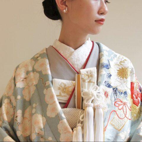 プレ花嫁におすすめの和装小物の半衿や重衿や筥迫・懐剣・扇子の色合わせのご紹介