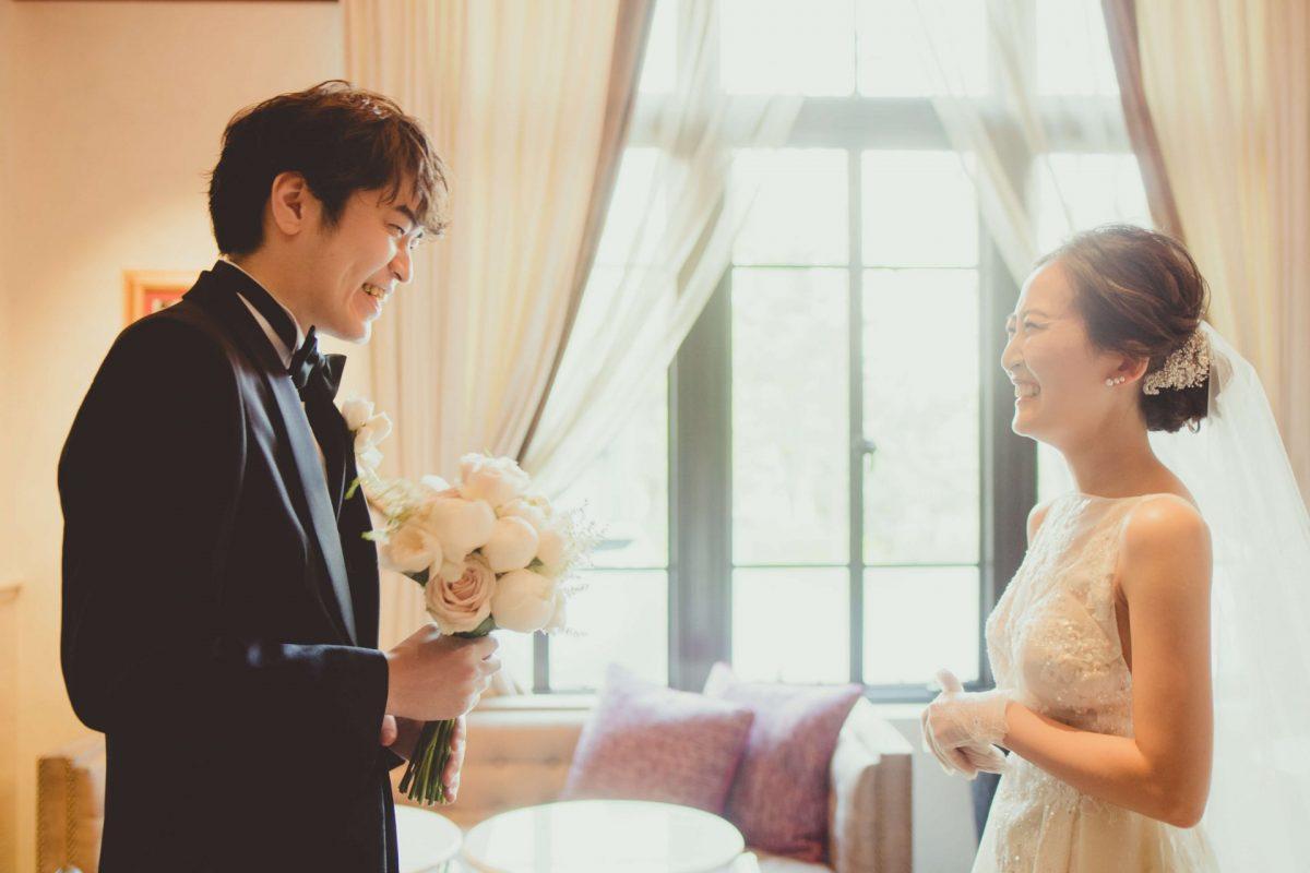 赤坂プリンスクラシックハウスで行われたファーストミートは新婦様のウェディングドレス姿に新郎様が感動され、記憶に残る時間となりました