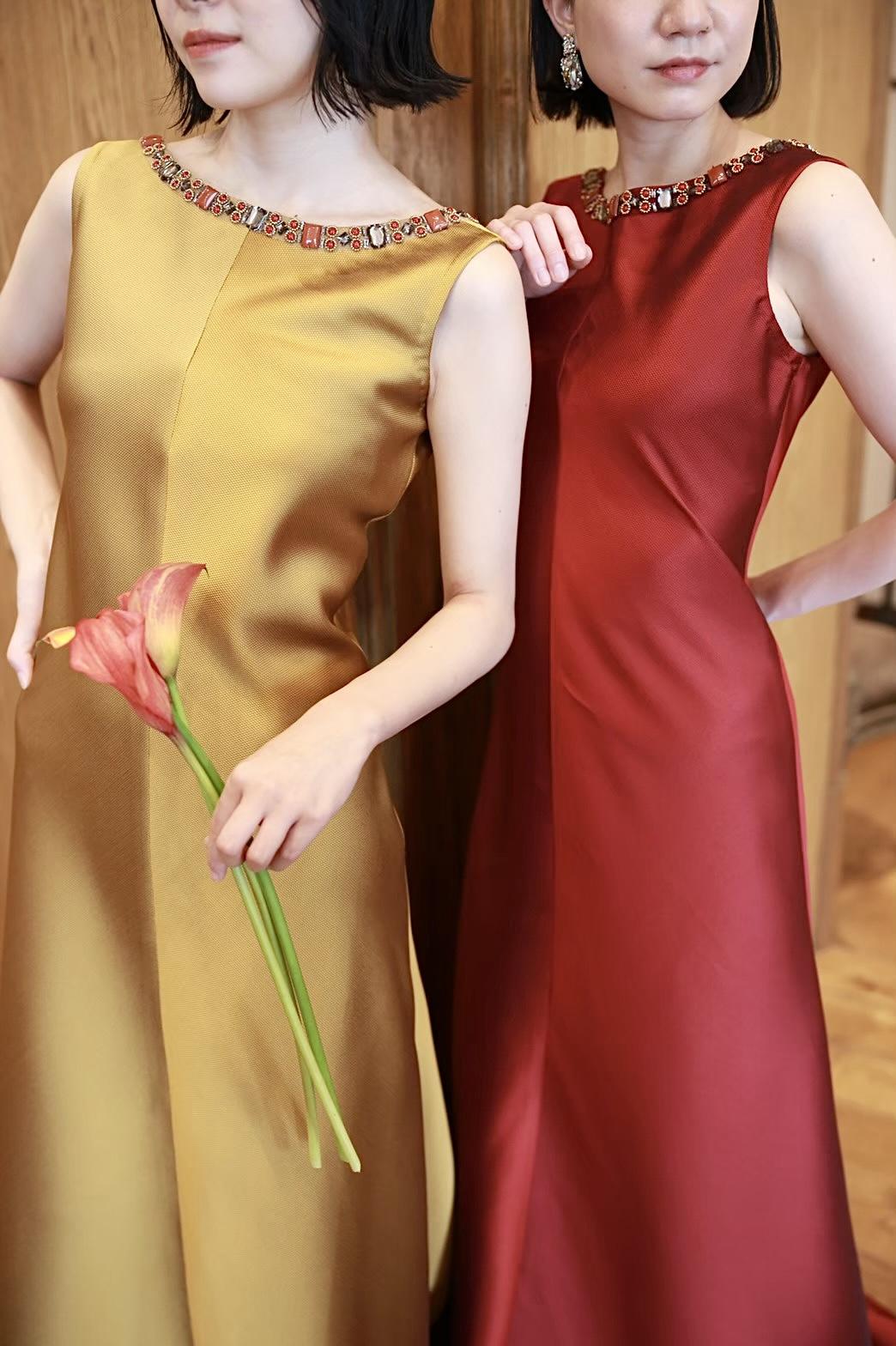 ザトリートドレッシング名古屋店がおすすめする秋冬のパーティーのお色直しにぴったりのREEM ACRA(リームアクラ)のカラードレス