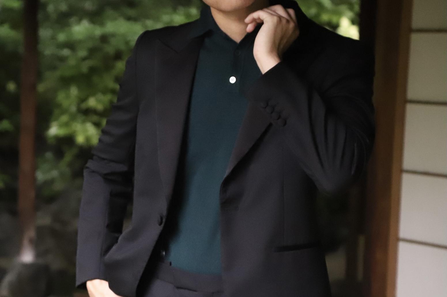 ザトリートドレッシング大阪店がご紹介するご新郎様におすすめのオーダータキシードとポロシャツを使用したカジュアルコーディネート