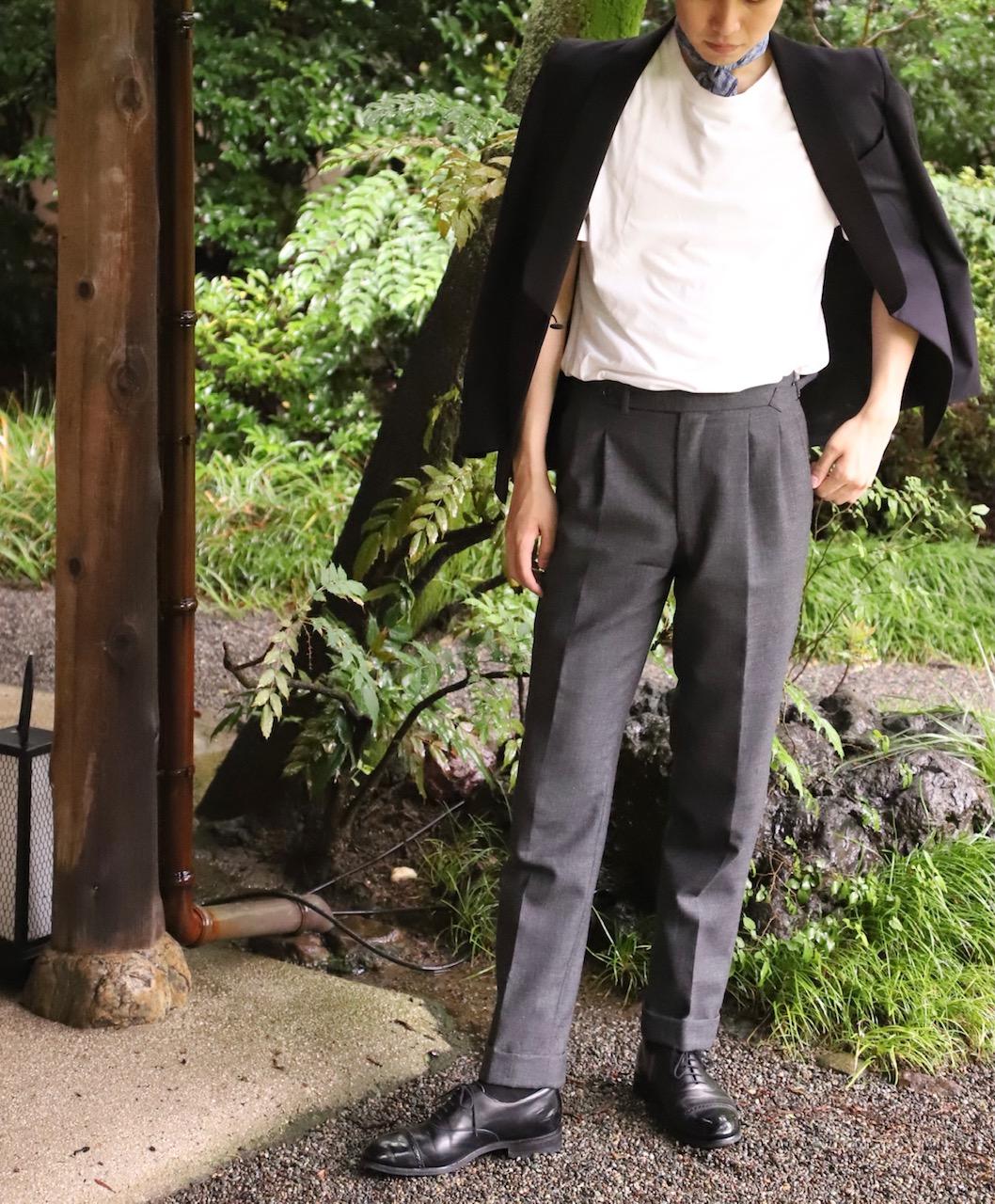 ザトリートドレッシング大阪店がご紹介するご新郎様におすすめのオーダータキシードを使用したカジュアルコーディネート
