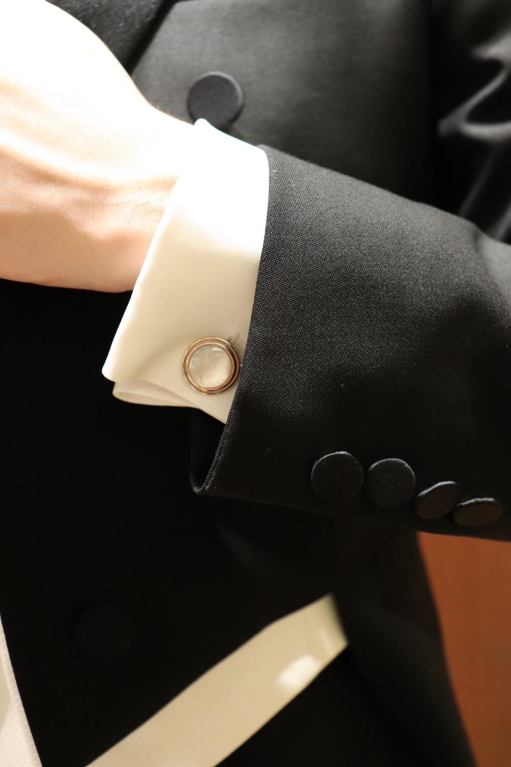 ・ザトリートドレッシング名古屋店で紹介したい格式を重んじる新郎様におすすめの挙式でのフォーマルスタイルの燕尾服