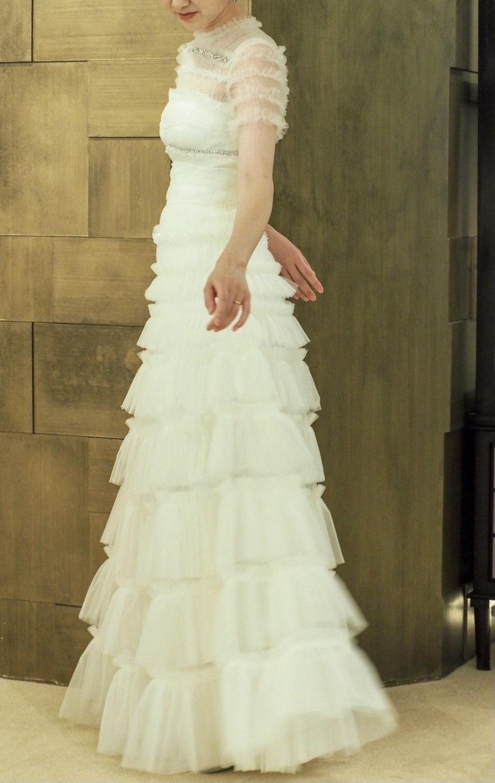 スタイルが良く見えるヴィクターアンドロルフのトリートのウエディングドレス