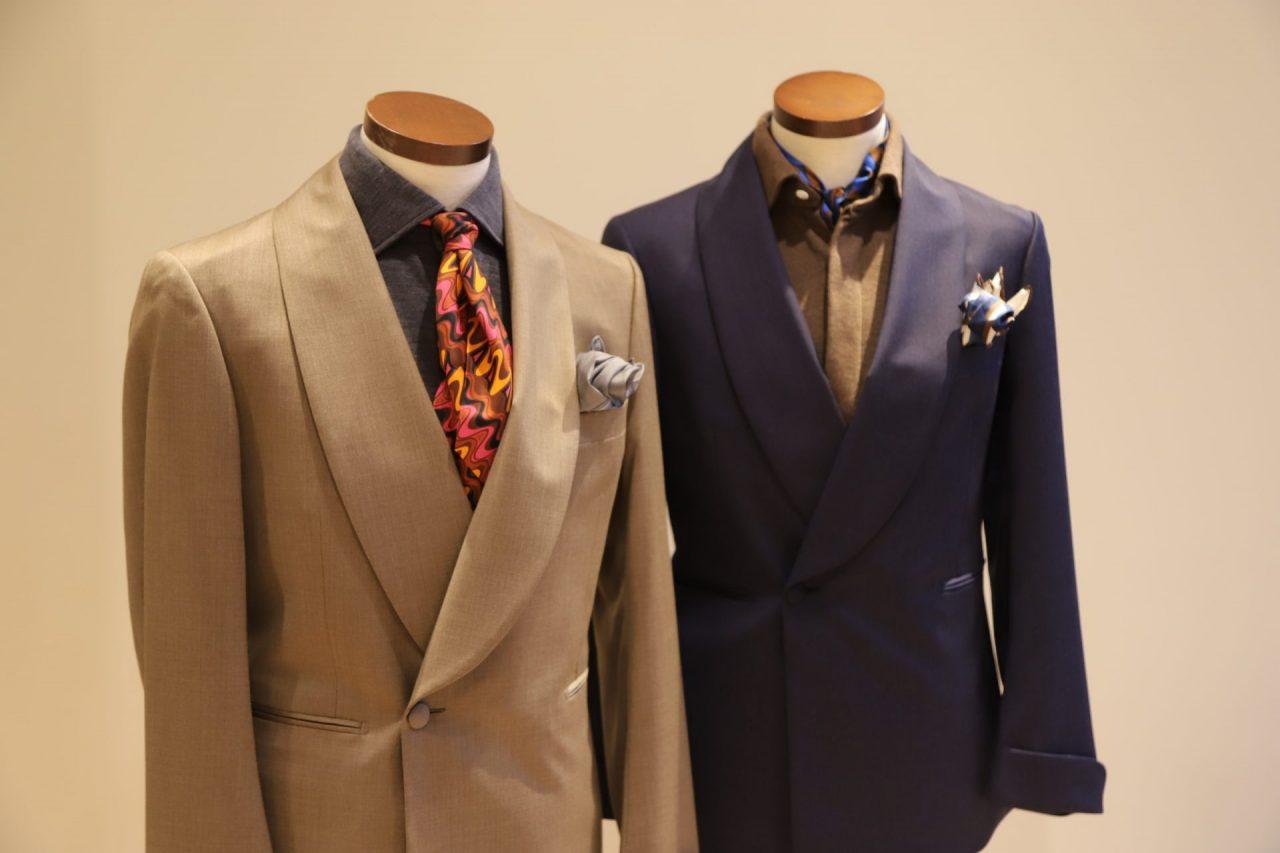 """ご来店の際にはぜひ一度、世界最高峰の一着である""""100HANDS(ハンドレッドハンズ)""""のシャツにお袖を通してみてはいかがでしょうか。"""