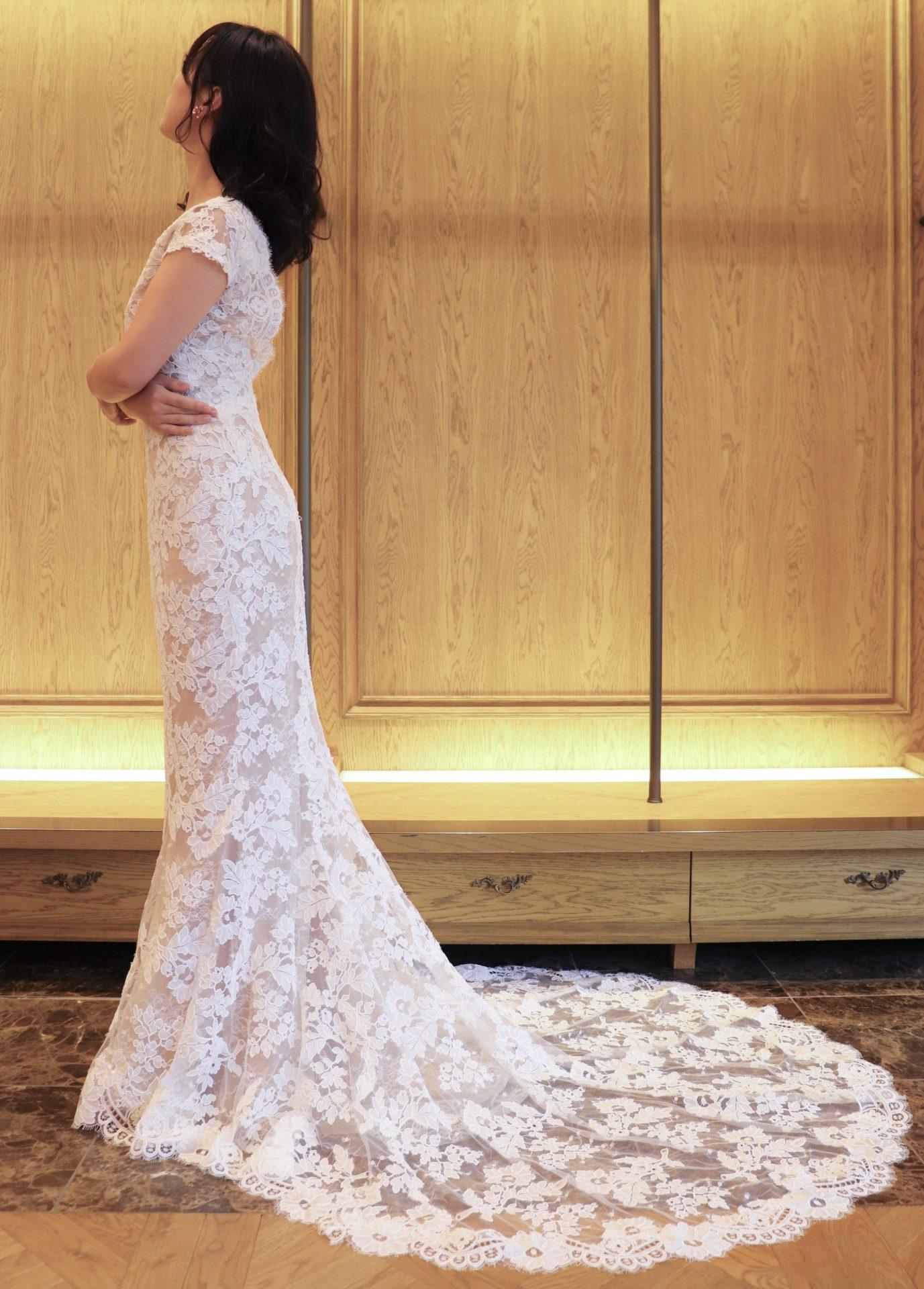 ザトリートドレッシング名古屋店でおすすめの新作マーメイドラインのウェディングドレス