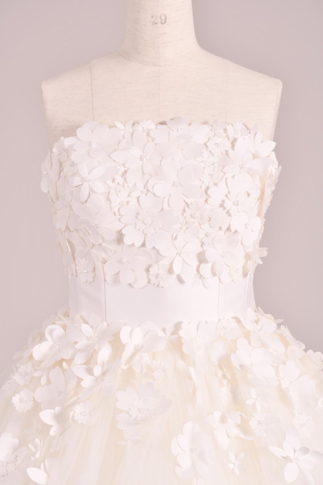ヴィクターアンドロルフマリアージュのトリートオリジナルのウェディングドレスのご紹介