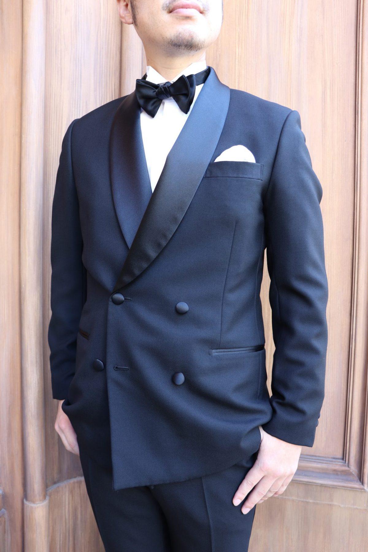 ・新郎様にお勧めしたい男性らしいダブルブレストのタキシードスタイル