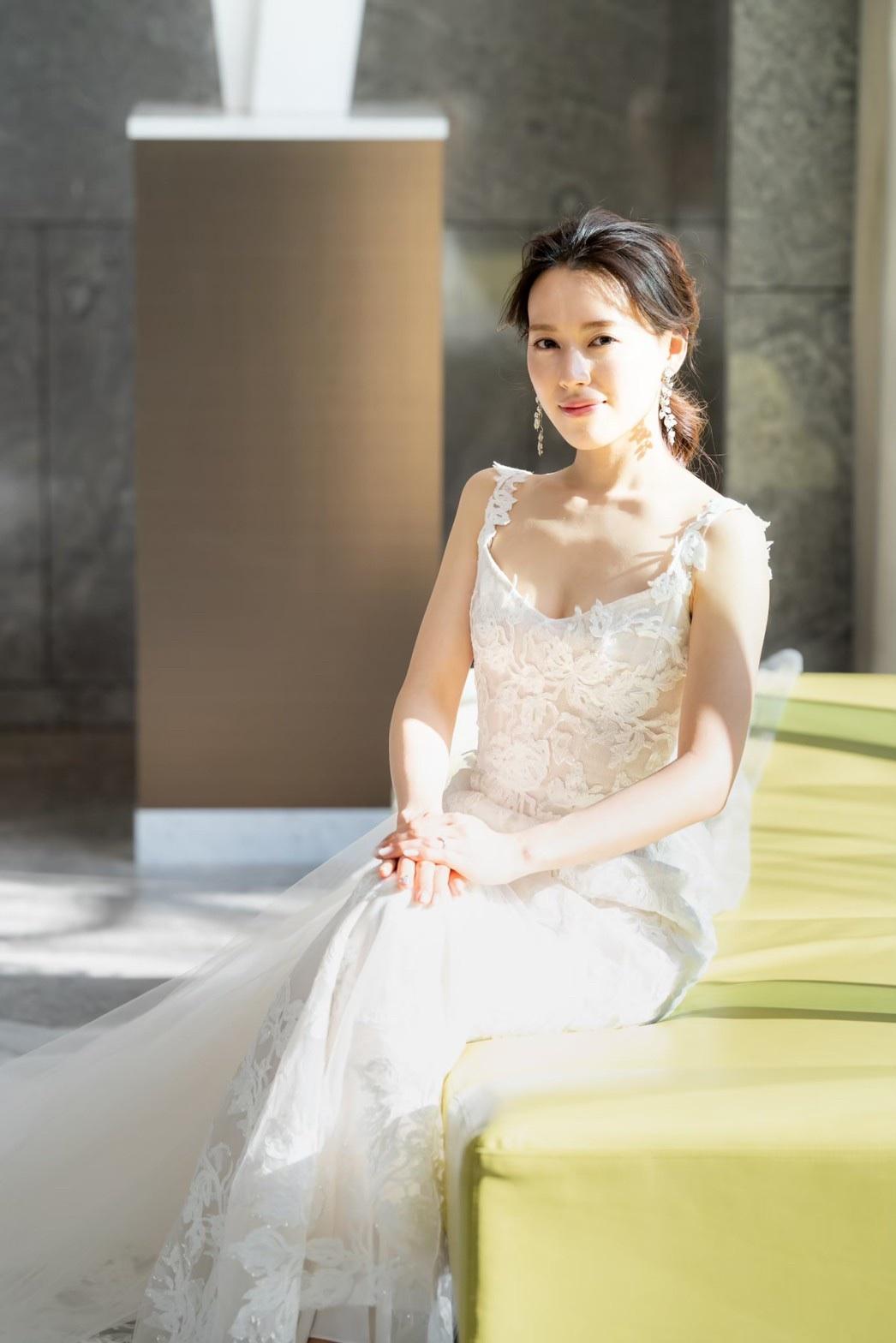 ザトリートドレッシングアディション店でお取り扱いするマーメイドラインのウェディングドレスは花嫁のボディラインを美しく魅せてくれます